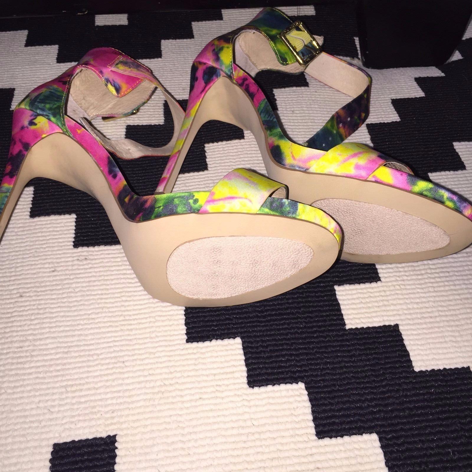 Steve Madden Marlenee Floral  zapatos  Floral De Taco Para Mujer 9.5 Verde Amarillo Rosa OpenToe 450e5e