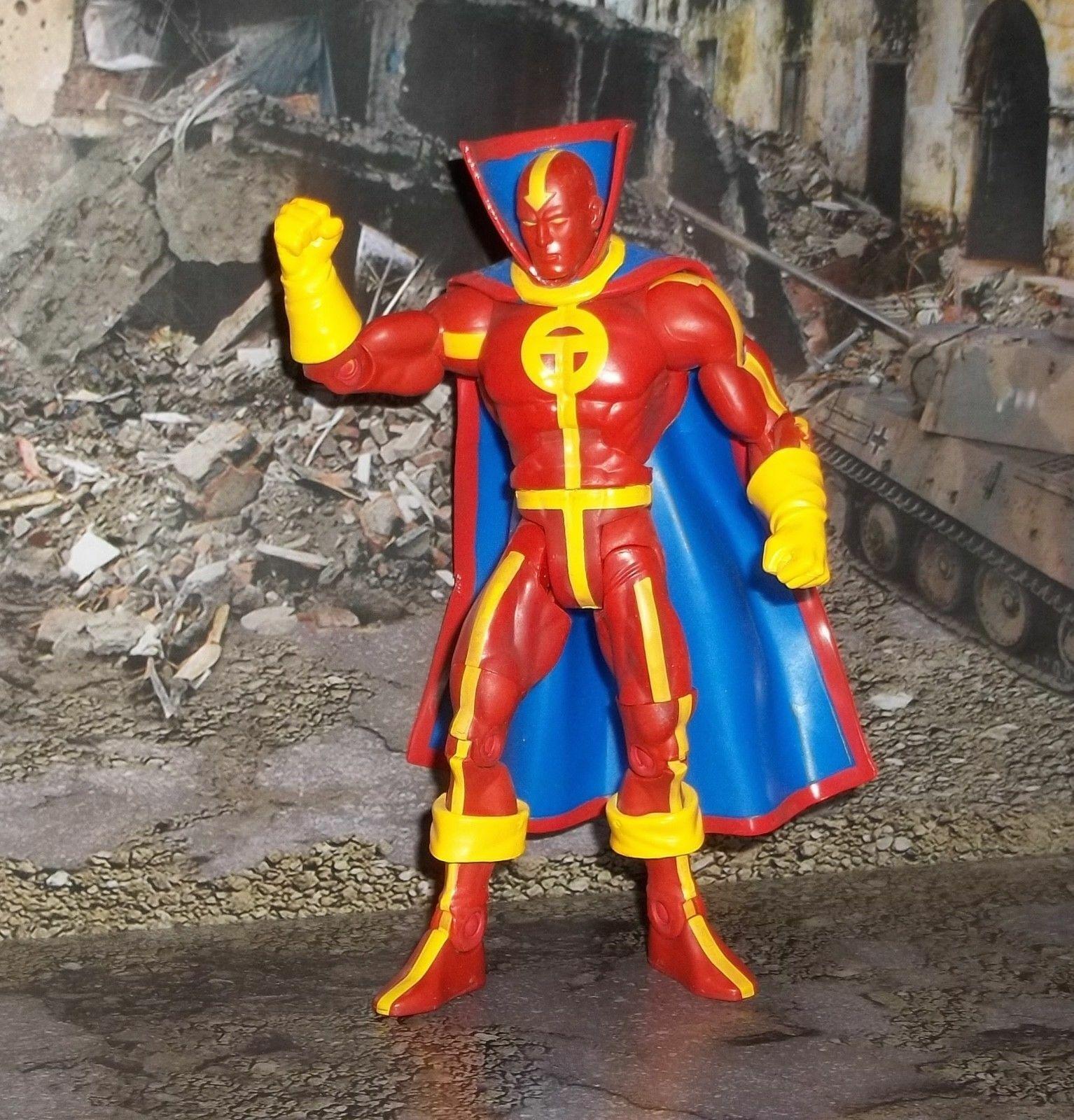 DC UNIVERSE CLASSICS WAVE 1 JUSTICE LEAGUE RED TORNADO FIGURE