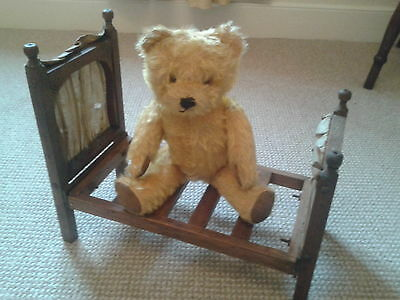 Bears display Bed For Dolls Bears Antique Diligent Antique Wooden Doll And Teddy Bears Bed