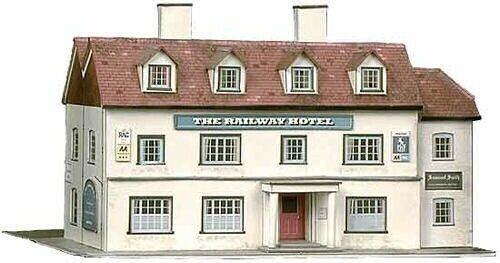 Railway Hotel H  120mm - Card Kit - OO OO OO gauge Buildings model - Superquick SQB33 685931