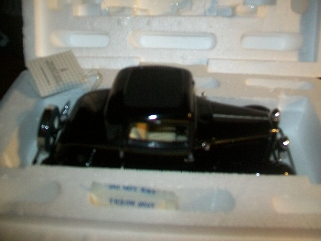 1932 Ford V-8 Duce Coupe  - Franklin Mint  - New in Box