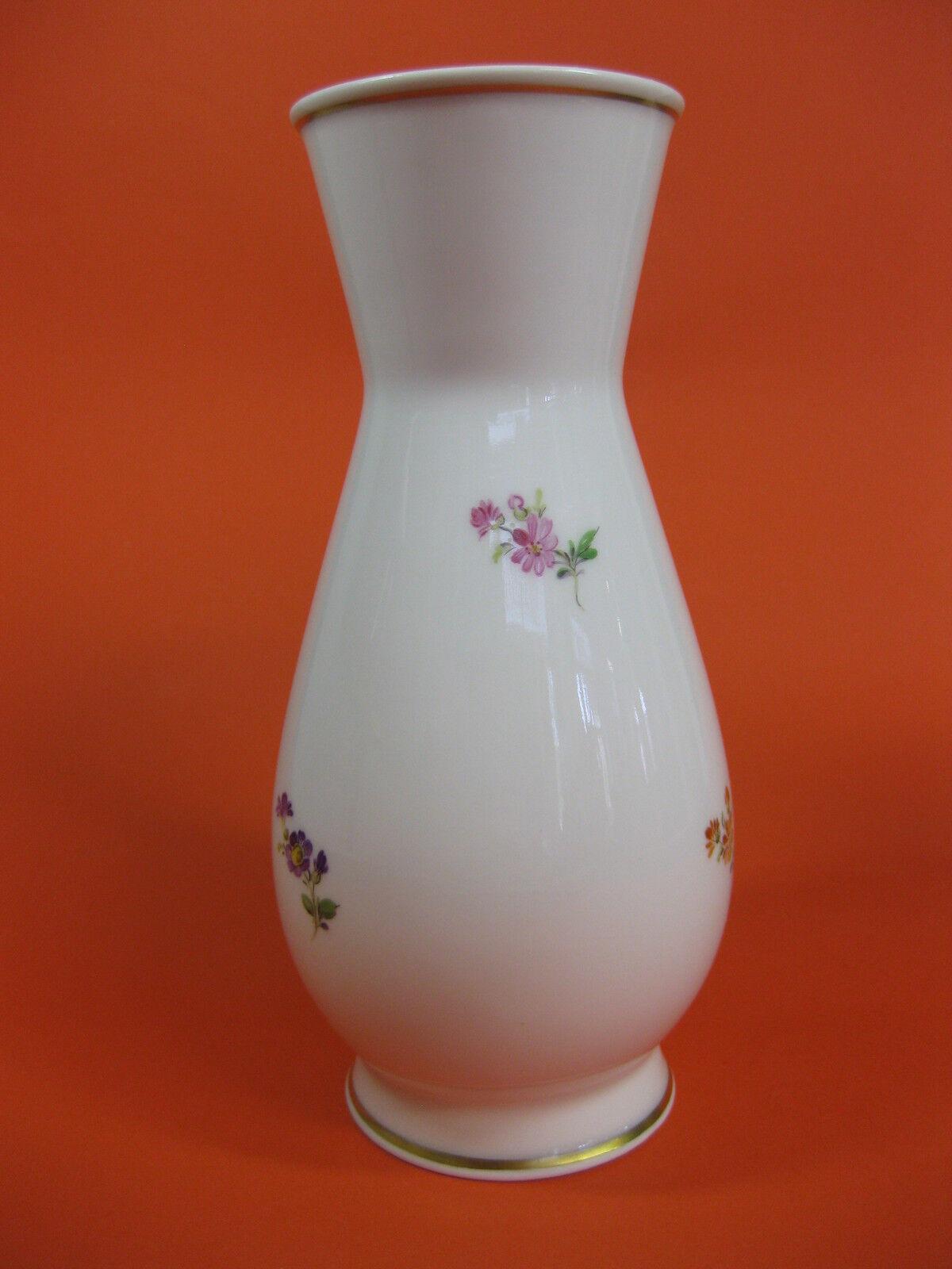 Meissen vase litière Fleur Hauteur  17,5 cm steublümchen monture en or
