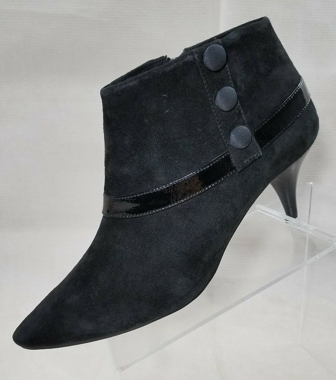 Adrienne Vittadini Women's Jeb Suede Ankle Boot, Black Suede size 9.5M