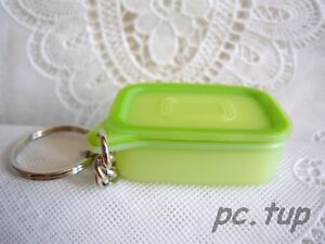 Boite-Optimum-verte-Tupperware-miniature-Porte-cles-Tupperware-keychain