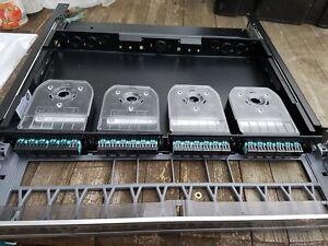 Systimax Commscope Fibre Optique Panneau Avec Casstes-afficher Le Titre D'origine Par Processus Scientifique