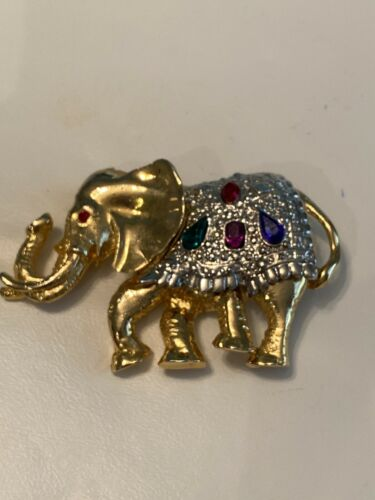 Mammal Cute Antique Retro Vintage 14K Gold Miniature 3D Elephant Animal Pendant Charm