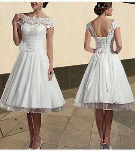Knee Length Lace Vintage Dress