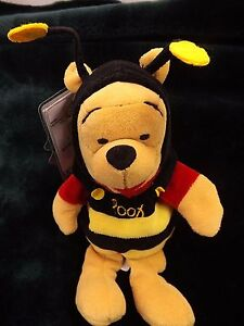 "Disney Store & Parks Exclusive Mini Bean Bag Bumble Bee Pooh 8"" W/ Tag"