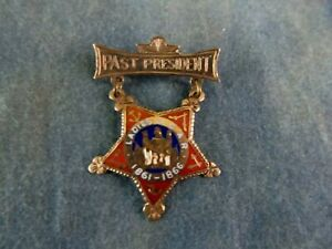 Ladies Grand Army of the Republic GAR Past President Gold Star Pin 1861-66