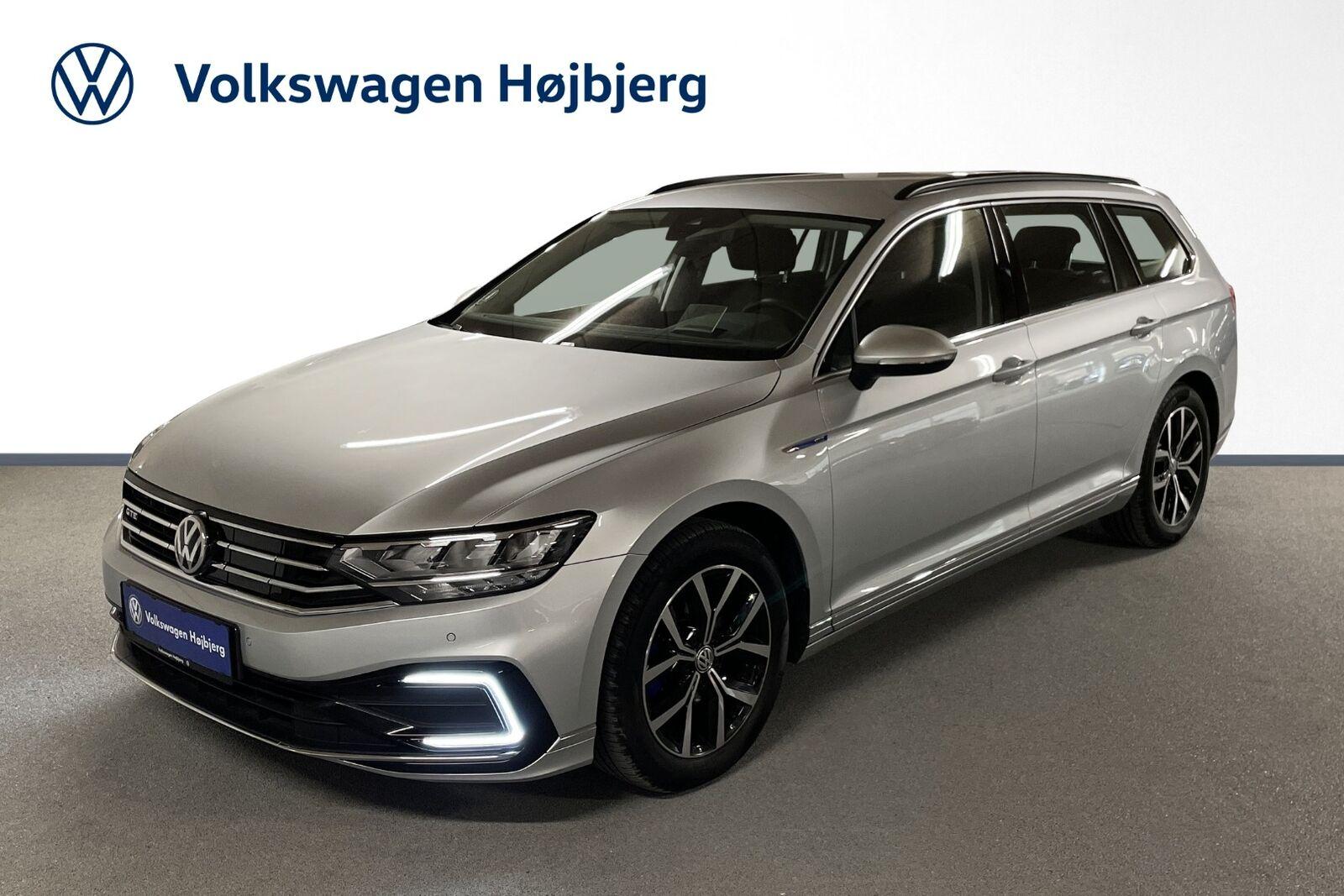 VW Passat 1,4 GTE+ Variant DSG 5d - 389.900 kr.
