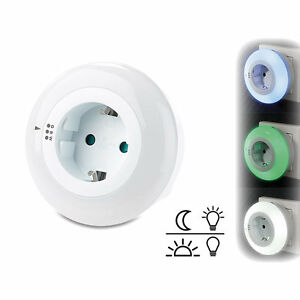 nachtlicht lampen led nachtlicht mit d mmerungssensor und steckdose 3 farben ebay. Black Bedroom Furniture Sets. Home Design Ideas