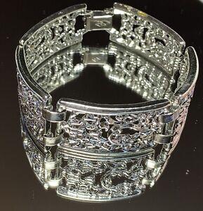Sarah-Coventry-Vintage-Wide-Panel-Scroll-Filigree-Silver-Tone-Bracelet
