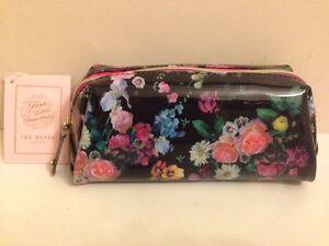 78e0776939aa BNWT Ted Baker Small Wash Bag / Toiletry Bag / Make Up Bag - Floral ...
