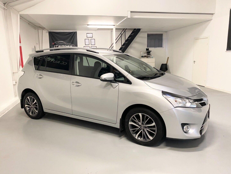 Toyota Verso 1,6 D-4D T2 Premium 7prs 5d - 179.999 kr.