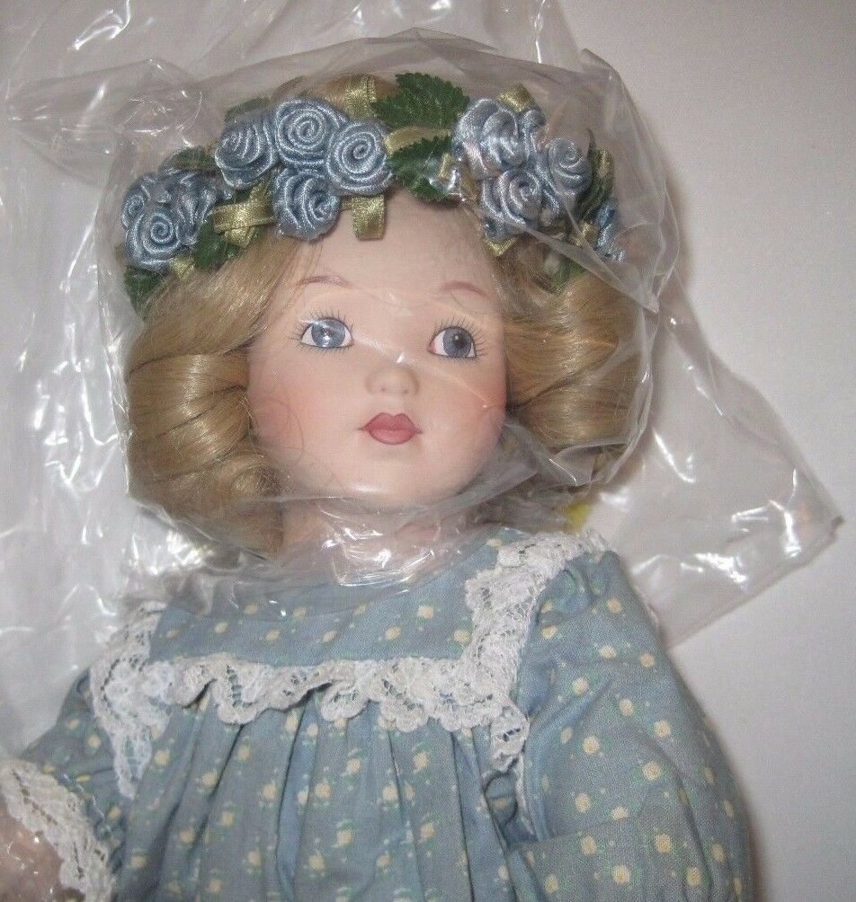 VIRGINIA  Authentic Porcelain Doll Besse Pease Gutmann The Hamilton Collection