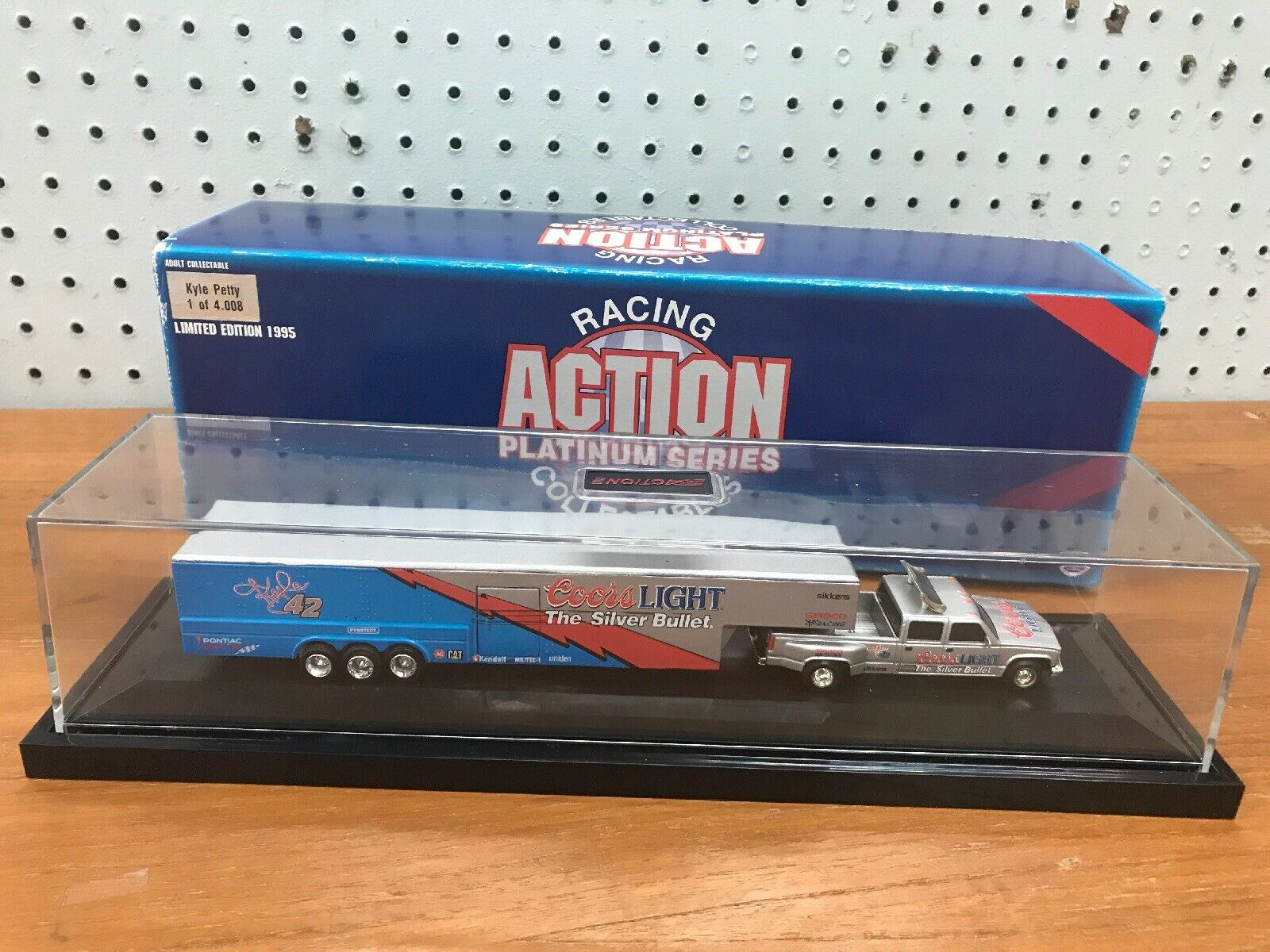 Limited Edition 1995 Kyle Petty  Coors Lite 1 64 Dually Trailer In Display Case  marques de mode