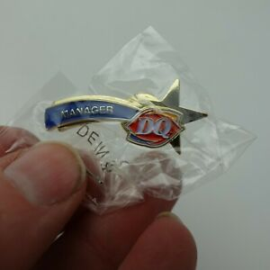 DQ Dairy Queen Pin Back Label Manger Shooting Star