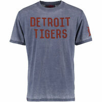 Men's Red Jacket Detroit Tigers Hoist Graphic T-shirt Medium Or Small