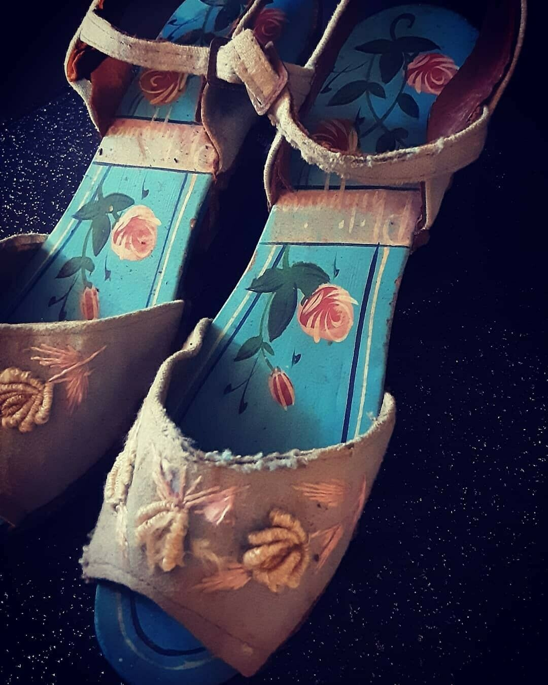 1940's Carved Wood Wedge Sandals from the Philipp… - image 7