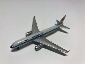 Occasion - Miniature Avion Aeroflot Tu-204 Schabak 950