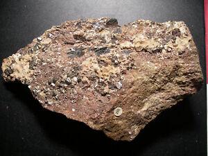 Chalcopyrite-pyrite-and-hematite-moutiers-savoie