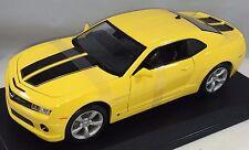 Maisto - 31173 - 2010 Chevrolet Camaro SS RS Scale 1:18 - Yellow