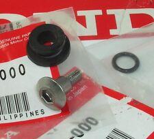 HONDA FSC600 SILVER WING EXHAUST MUFFLER GUARD SCREW RUBBER & FUEL PIPE O-RING