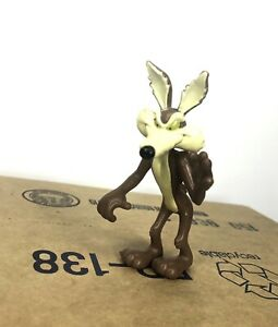 Vintage-1989-Warner-Bros-Looney-Tunes-Wile-E-Coyote-pvc-action-figure-Charan