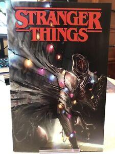 Stranger-Things-1-Comic-Midtown-Mattina-variant-Cover-Netflix-New-Unread-NM