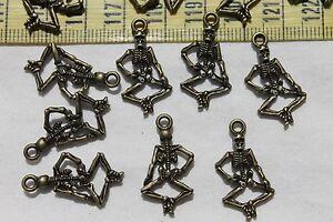 26mm-Alloy-Grateful-Dead-Skull-Style-Pendant-Charms-Ant-Bronze-TSA20-25pcs