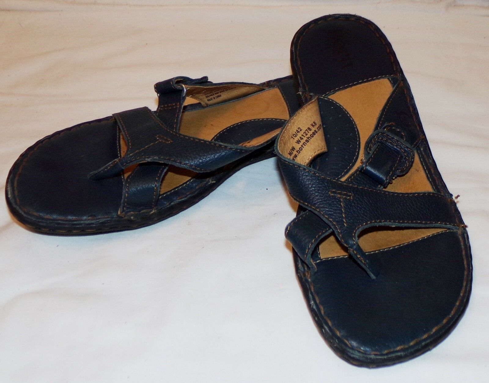 Born Womens Navy bluee Sandals Flats 10 42 Flip Flops Leather shoes
