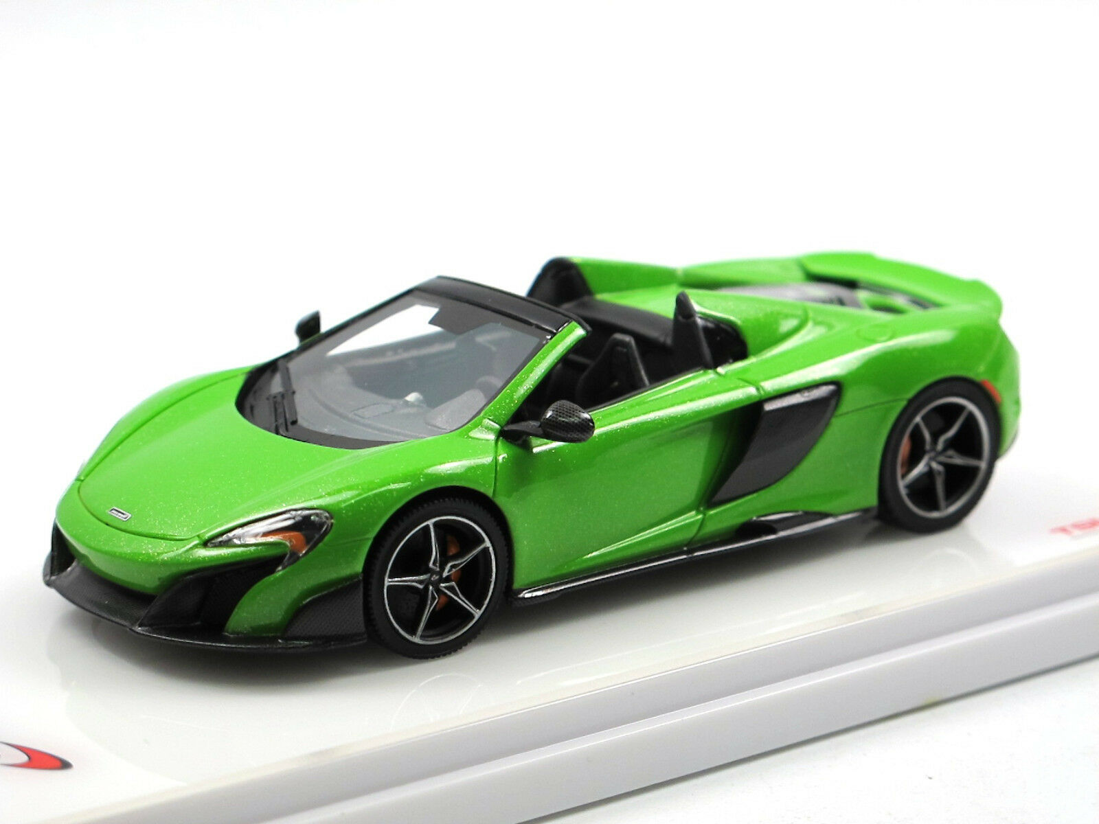 TSM MODEL tsm430203 - 2015 McLAREN 675lt Spider Mantis vert - 1 43 Resin