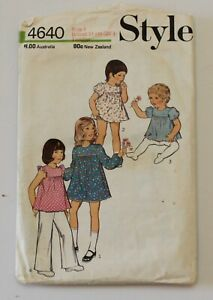 Vintage-Style-4640-1970s-Toddlers-Dress-Top-Trousers-Panties-Size-1-Comp