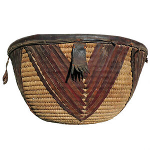 a-great-old-african-basket-with-leather-decoration-nigeria-4