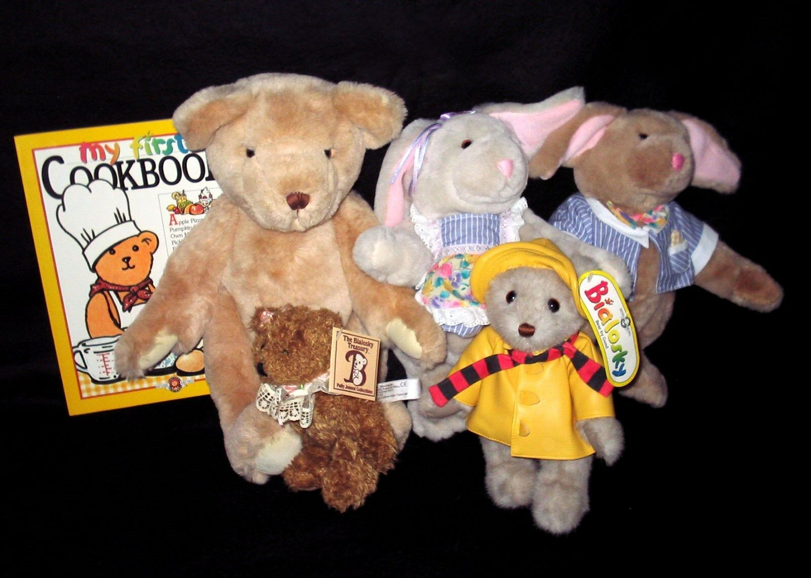Bialosky Cookbook   Teddy Bear & Rabbit Plush Lot