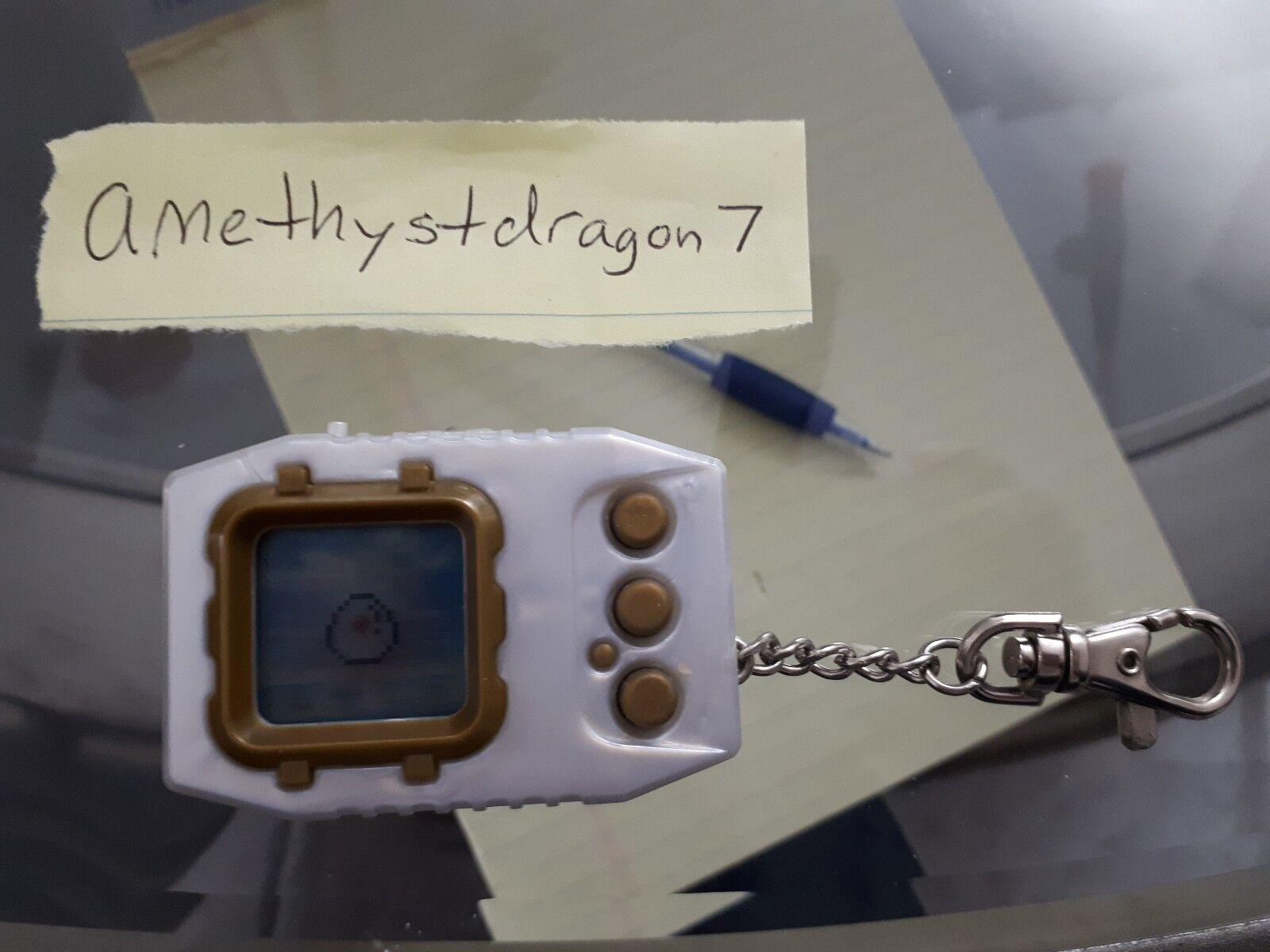JPN Digimon Pendulum Zero – Virus Busters (Weiß w  Gold) Digivice + Bonus