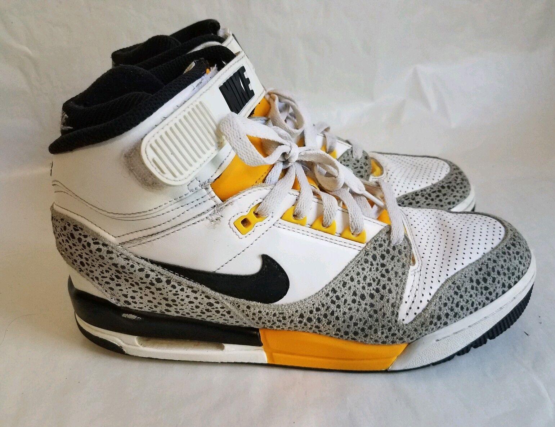 2018 Nike Air Revolution White/Black/Wolf Grey/University Gold Shoes! Size 9.5