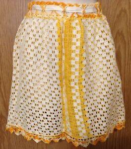 Vtg-Half-Apron-Hand-Made-of-Dishcloths-Yellow-White-Crochet-Trim-Ribbon-Ties