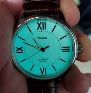 Vintage-Timex-Indiglo-Men-039-s-Wrist-Watch-Leather-Band