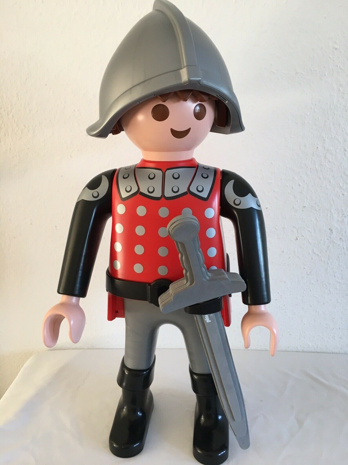 Playmobil Extra Large 60cm High Knight Figure Fantastic Condition
