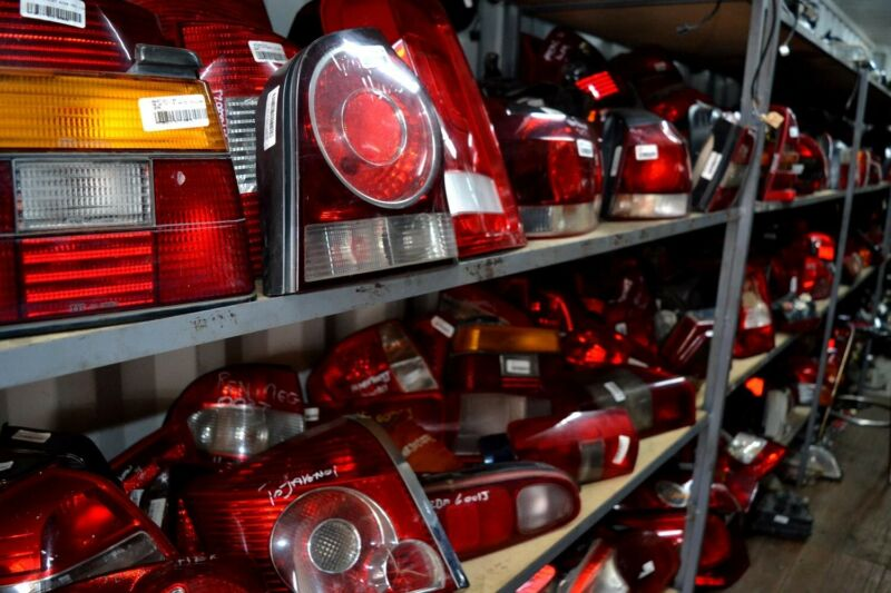 Head and tail lights for all makes and models - MOTOR CITY SPARES