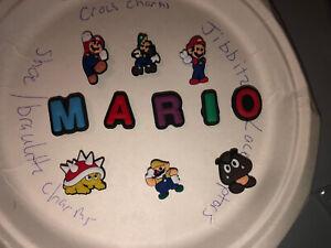 Nintendo-Mario-Brothers-Lot-Of-11-Crocs-Bracelet-Lace-Adapter-Charms-Jibbitz