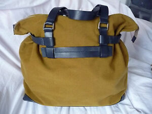 Brand New Camel Coloured Bag Signature Daks Large wg4BFqxRF