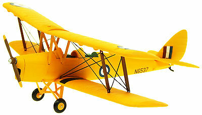 Aviation 72 AV7221003-1//72 SCALE DH82A DIECAST TIGER MOTH RAF TRAINER T-6818