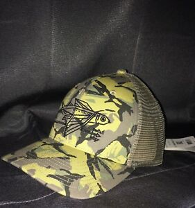 VERY RARE NEW W TAGS Patagonia Geodesic Flying Fish mesh hat in Camo ... 2a3ca148e903