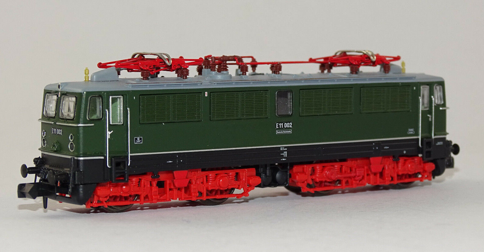 Arnold hn2304 elektrolokomotive e11 002 Dr verde rojo Electric Locomotive New