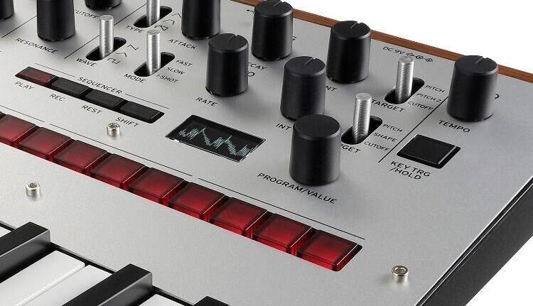 Synthesizer, Korg monologue-SV synthesizer sølv
