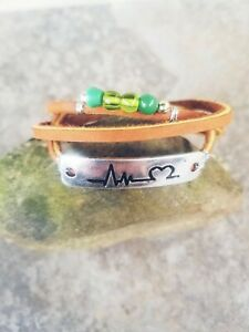 Handmade-unique-green-beads-amp-Heartbeat-engraved-plate-on-leather-bracelet-wrap