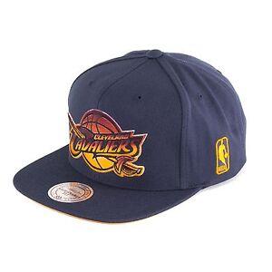 Mitchell-amp-Ness-Gradiente-Cleveland-Cavaliers-GORRA-snapback-Royal-93334