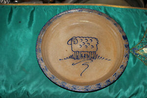 Eldreth-Pottery-Cobalt-Blue-Stoneware-Pie-Plate-Blue-Lamb-Sheep-Signed-Country